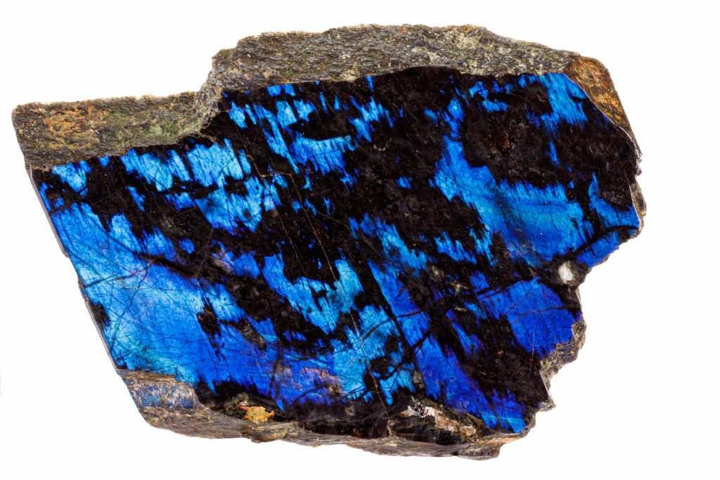 tranche de labradorite brute bleue