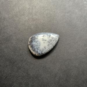Opale Dendritique (Merlinite) 26.5x19x4.5mm